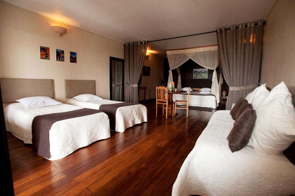 Chambre hotel trois metis de luxe intérieur - I Hôtel ...